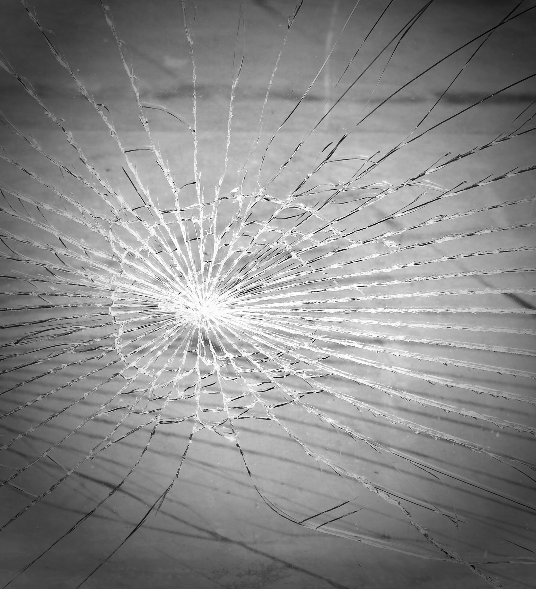 glass-breakage-286099_